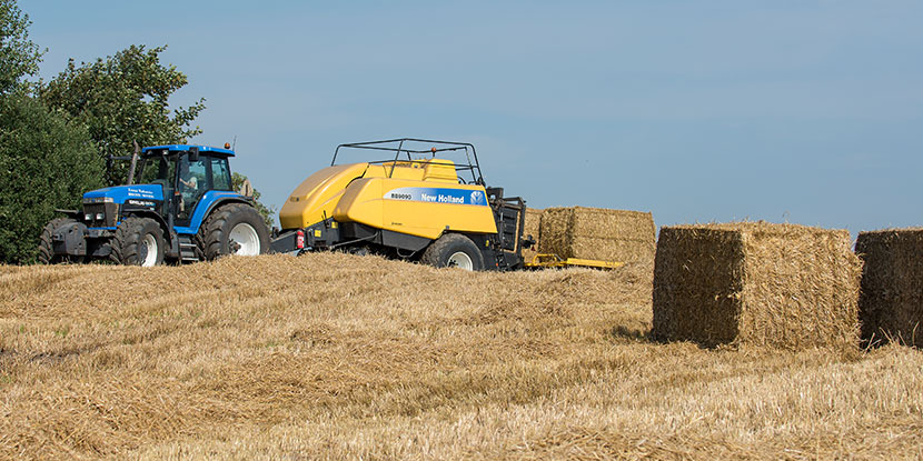 New Holland BB9090