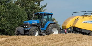 New Holland 8870A